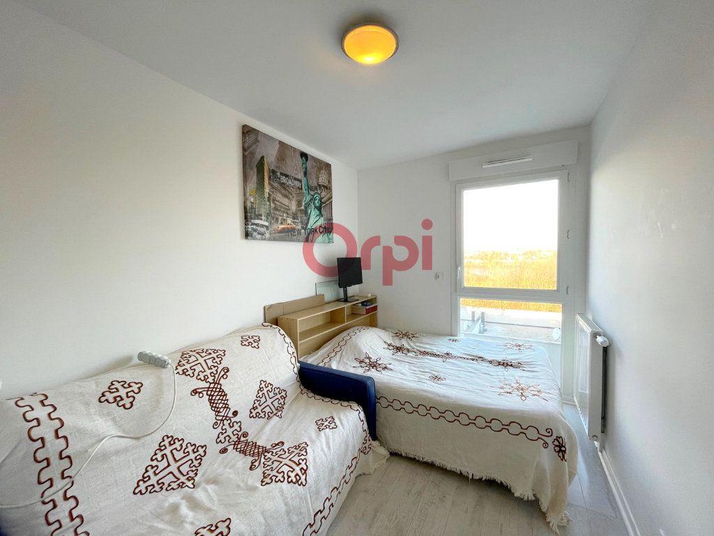 Appartement à vendre 4 77.7m2 à Sartrouville vignette-4