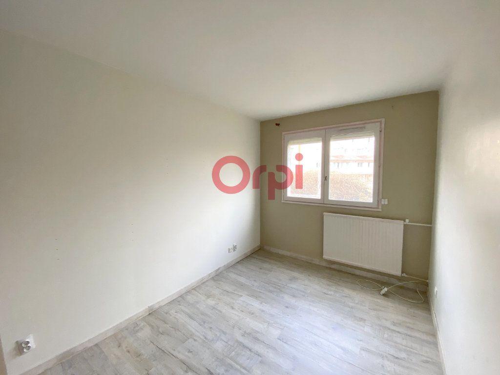 Appartement à vendre 4 80m2 à Sartrouville vignette-3