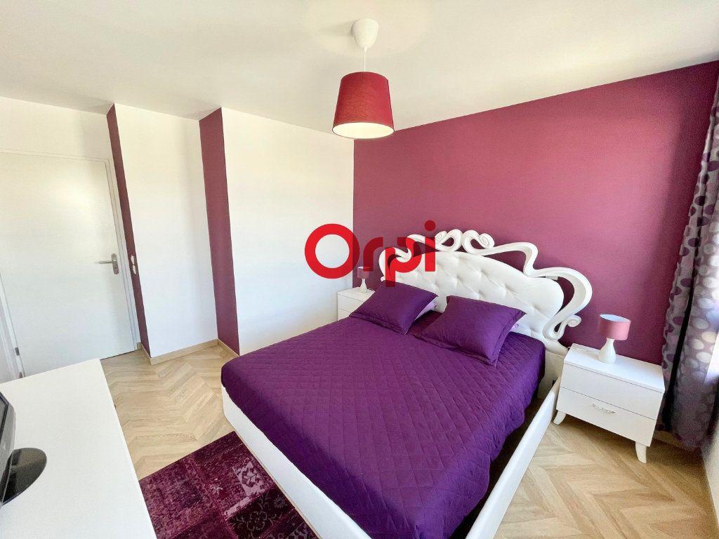 Appartement à vendre 4 78m2 à Nanterre vignette-1