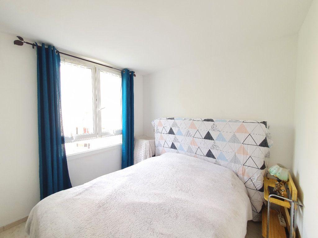 Appartement à vendre 5 87m2 à Sartrouville vignette-5