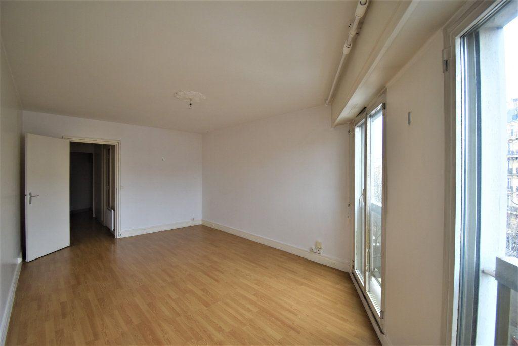 Appartement à vendre 1 33m2 à Paris 17 vignette-2