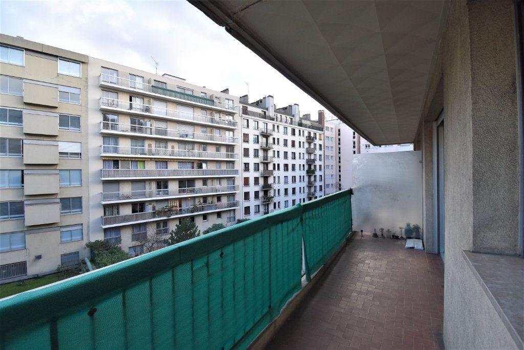 Appartement à louer 1 29m2 à Paris 15 vignette-6