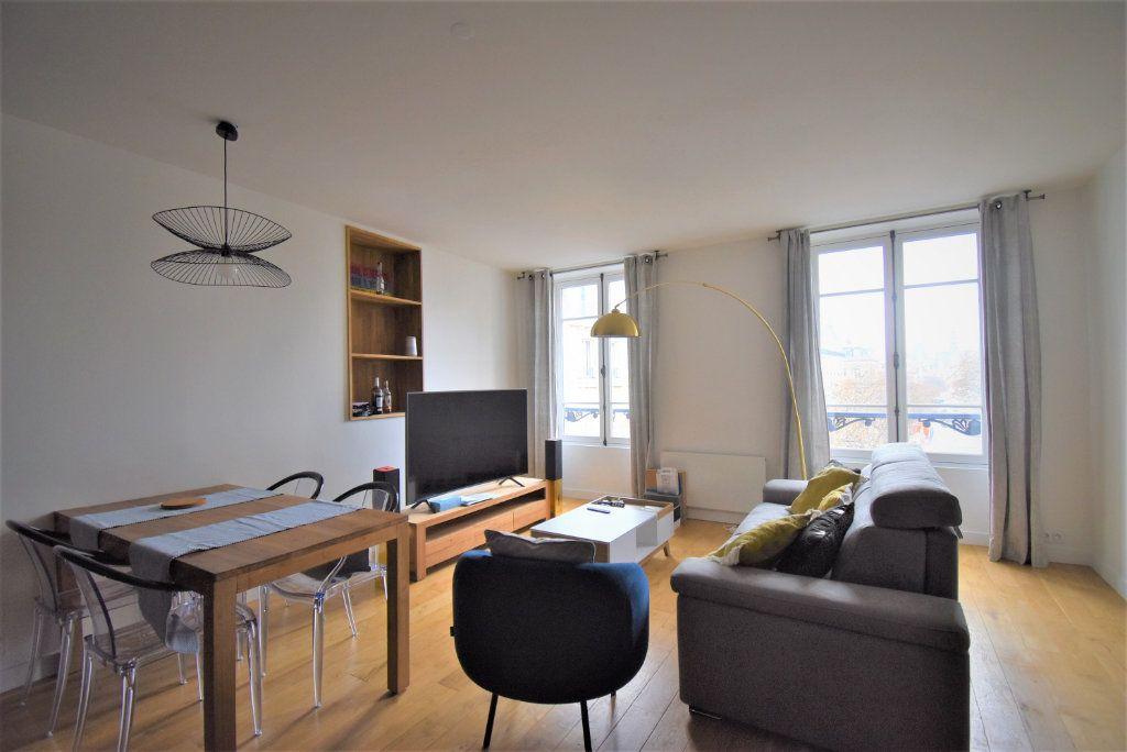 Appartement à louer 2 45.93m2 à Paris 1 vignette-2