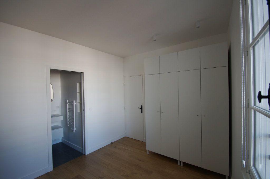 Appartement à louer 2 45.93m2 à Paris 1 vignette-4