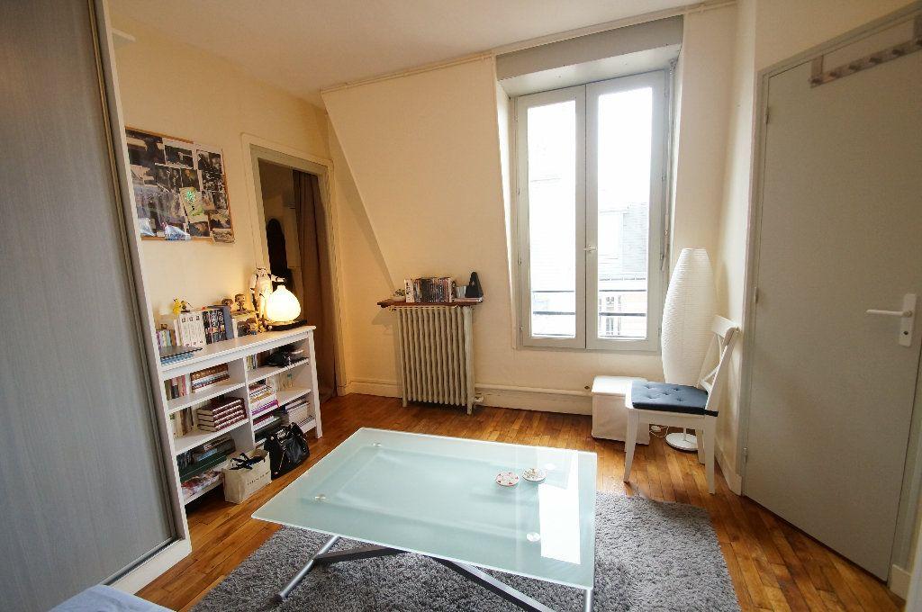Appartement à louer 1 17m2 à Bois-Colombes vignette-3