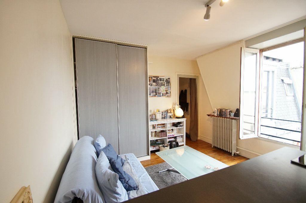 Appartement à louer 1 17m2 à Bois-Colombes vignette-4