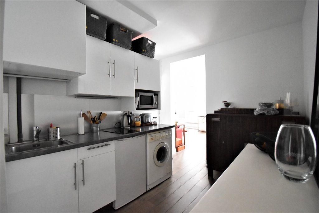 Appartement à louer 2 36.84m2 à Paris 17 vignette-2