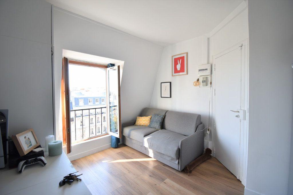 Appartement à louer 1 14.51m2 à Paris 17 vignette-2