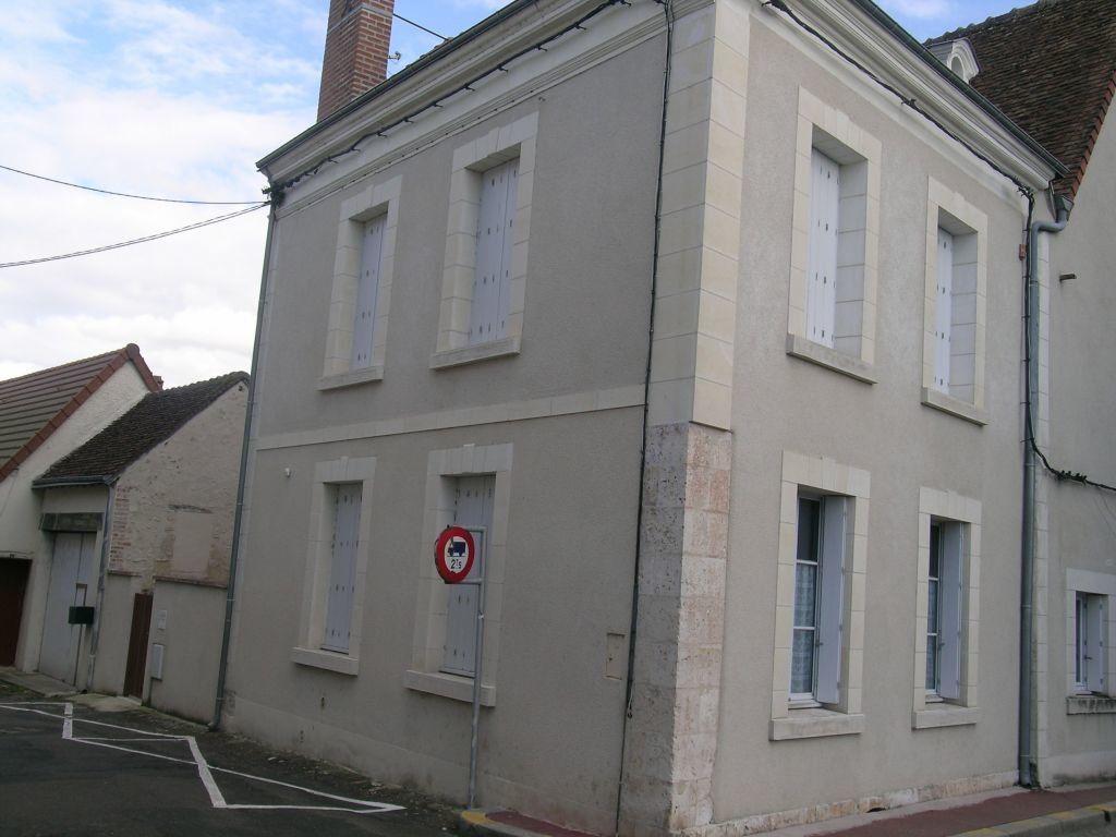 Maison à louer 4 99.79m2 à Selles-sur-Cher vignette-1