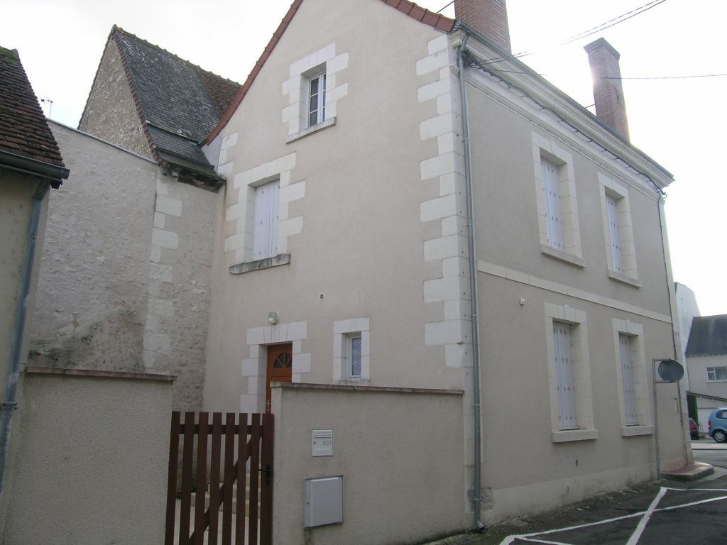 Maison à louer 4 99.79m2 à Selles-sur-Cher vignette-2