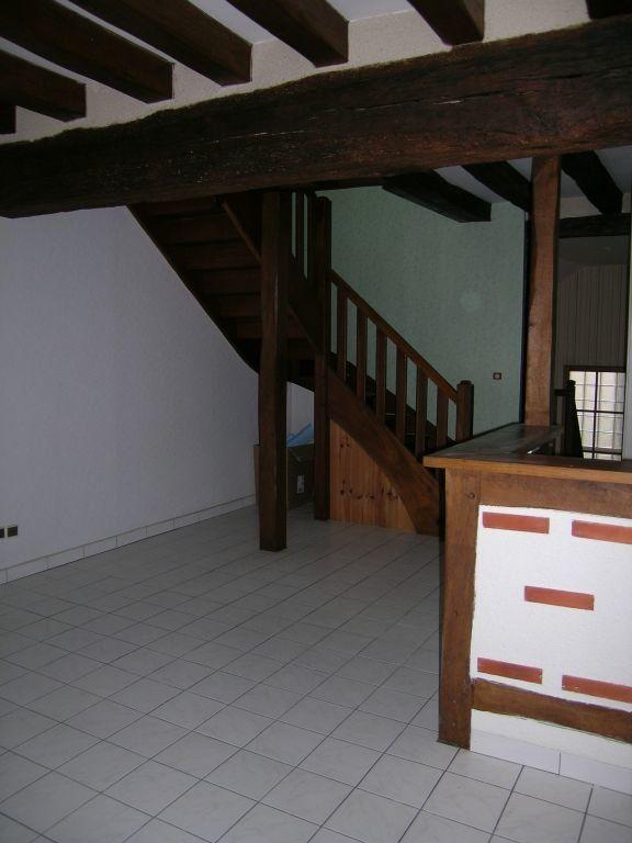 Appartement à louer 3 57m2 à Selles-sur-Cher vignette-2