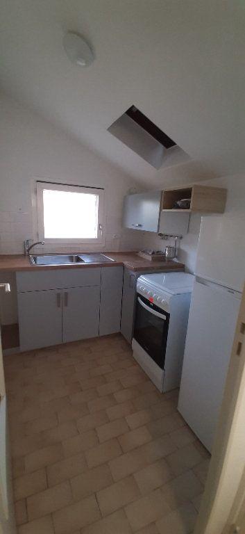 Maison à louer 2 32m2 à Romorantin-Lanthenay vignette-1