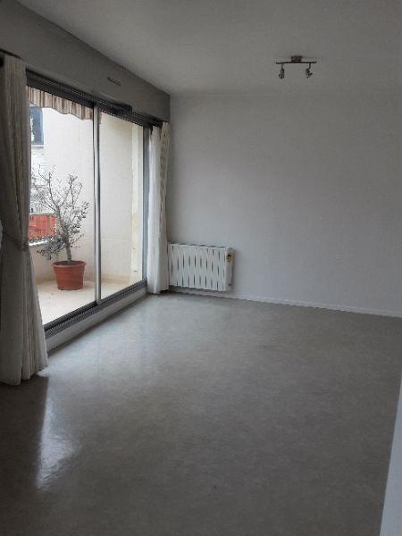 Appartement à louer 1 32.55m2 à Romorantin-Lanthenay vignette-1