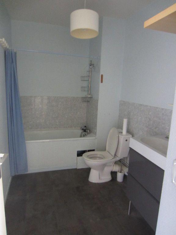 Appartement à louer 1 32.55m2 à Romorantin-Lanthenay vignette-4