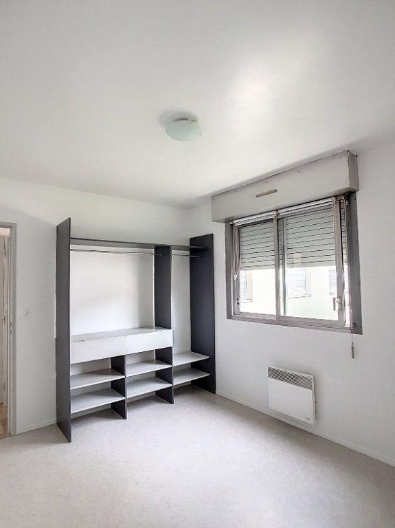 Appartement à louer 2 43.37m2 à Romorantin-Lanthenay vignette-7