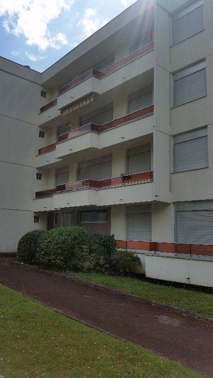 Appartement à louer 2 43.37m2 à Romorantin-Lanthenay vignette-12