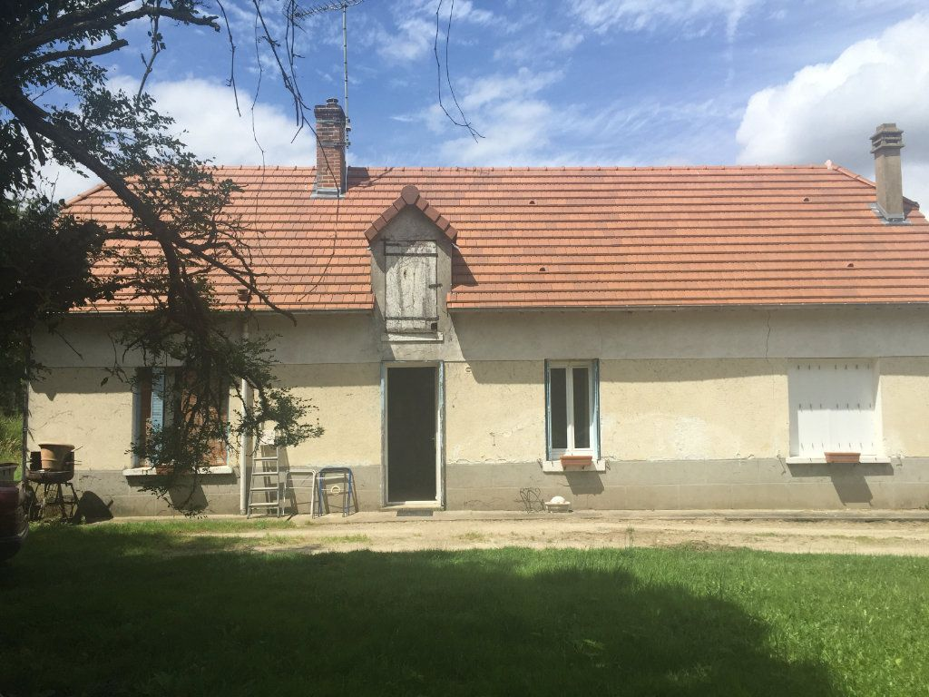 Maison à louer 3 82m2 à Gy-en-Sologne vignette-1