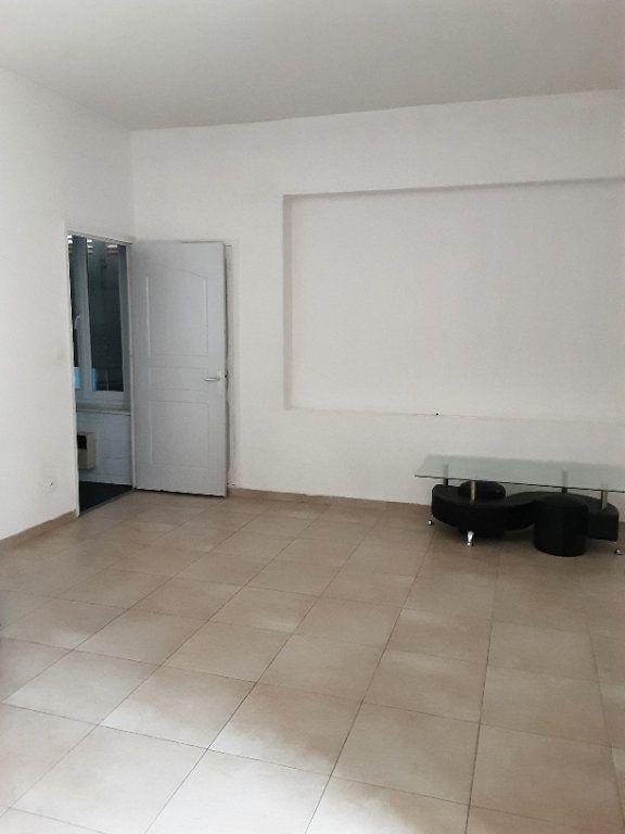 Maison à louer 4 80m2 à Romorantin-Lanthenay vignette-3
