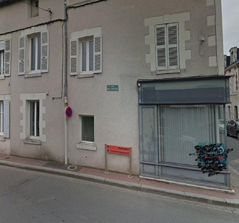 Appartement à louer 2 41.69m2 à Romorantin-Lanthenay vignette-1