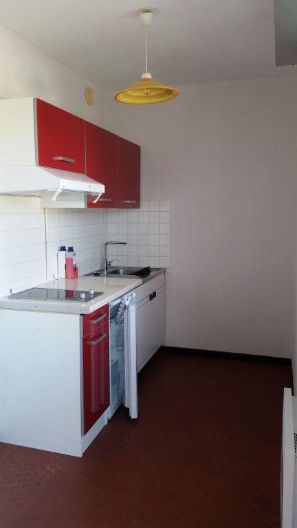 Appartement à louer 1 32.76m2 à Romorantin-Lanthenay vignette-7