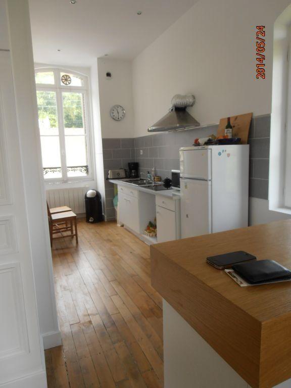 Appartement à louer 5 119.2m2 à Beauvais vignette-4
