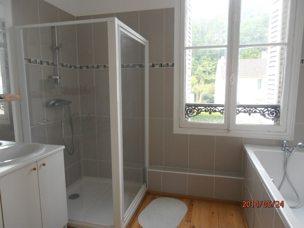 Appartement à louer 5 119.2m2 à Beauvais vignette-6