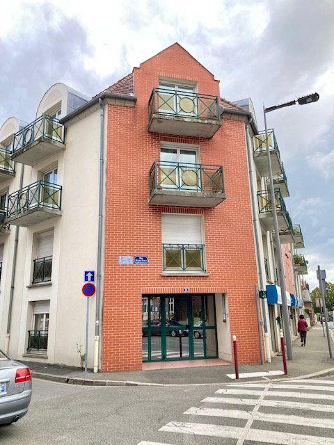 Appartement à louer 2 42m2 à Beauvais vignette-1