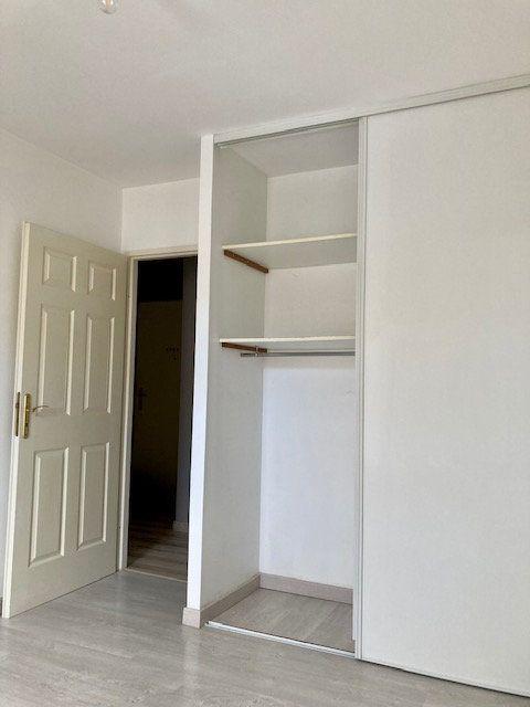 Appartement à louer 2 42m2 à Beauvais vignette-7