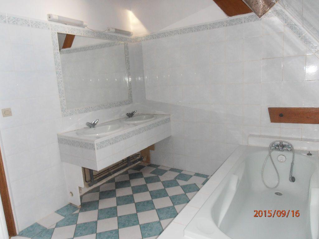 Maison à louer 4 106.51m2 à Beauvais vignette-6