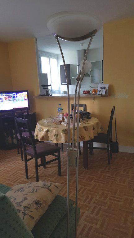 Appartement à louer 2 44m2 à Beauvais vignette-4