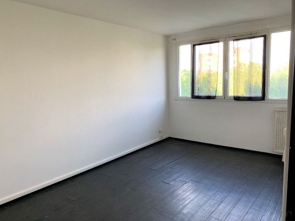 Appartement à vendre 2 49.5m2 à Beauvais vignette-1