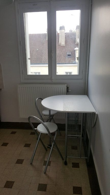 Appartement à louer 1 28m2 à Beauvais vignette-6