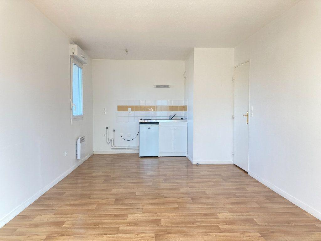 Appartement à vendre 3 54.46m2 à Beauvais vignette-5