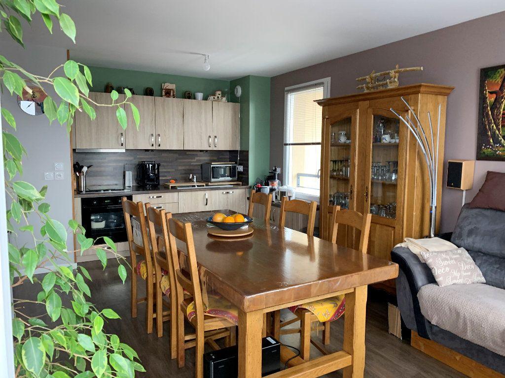 Appartement à vendre 3 59.5m2 à Beauvais vignette-1