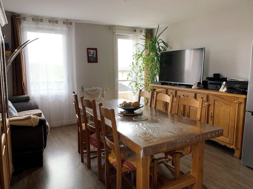 Appartement à vendre 3 59.5m2 à Beauvais vignette-3