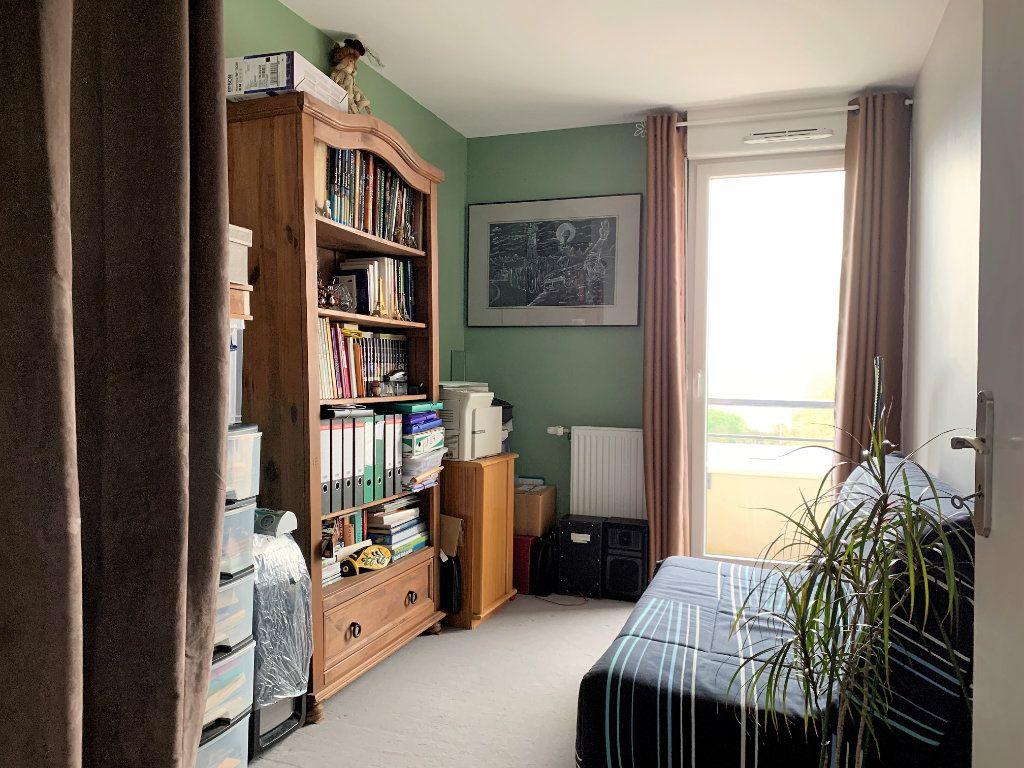 Appartement à vendre 3 59.5m2 à Beauvais vignette-4