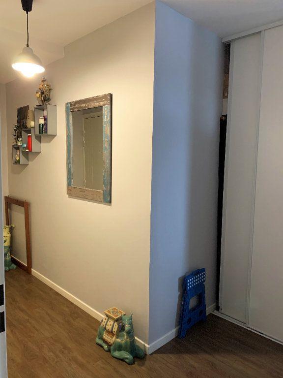 Appartement à vendre 3 59.5m2 à Beauvais vignette-5