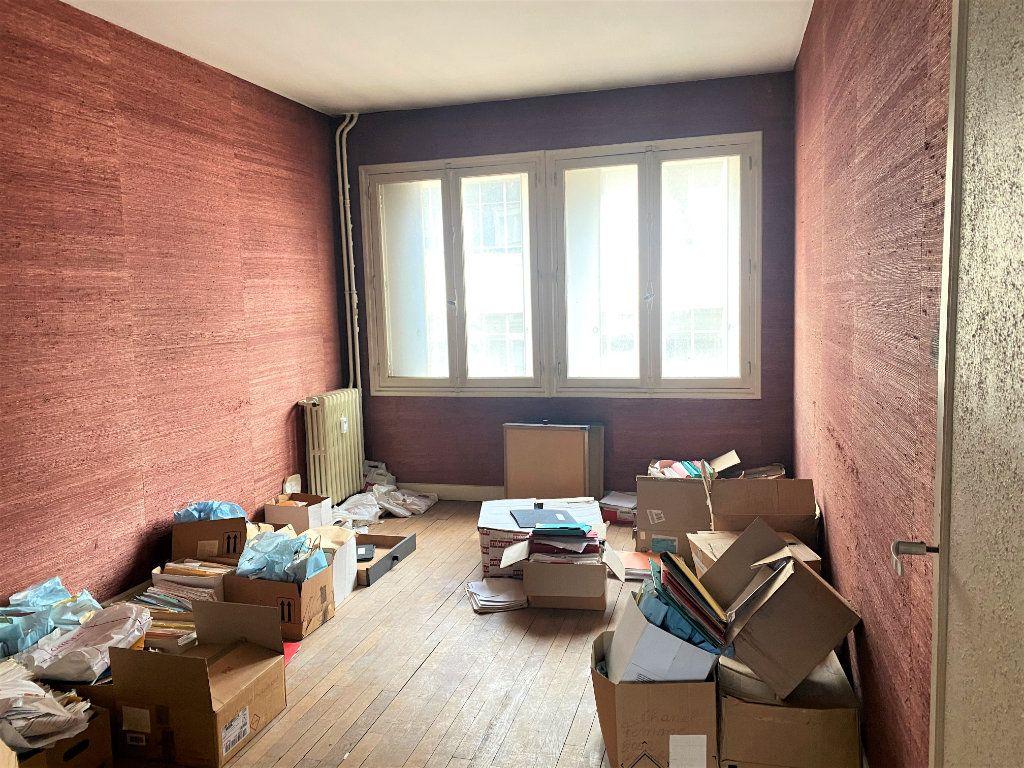 Appartement à vendre 2 77.75m2 à Beauvais vignette-4