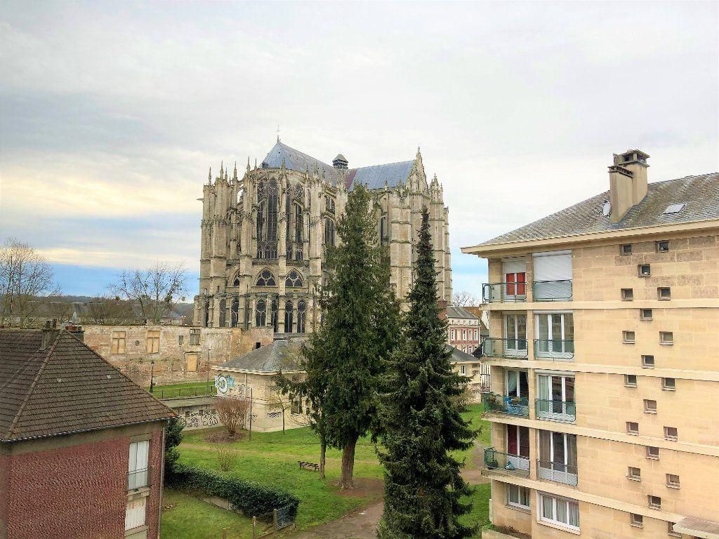 Appartement à vendre 3 66.15m2 à Beauvais vignette-2