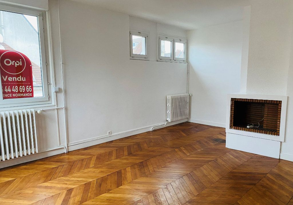 Appartement à vendre 3 66.15m2 à Beauvais vignette-3