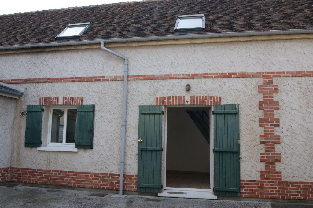 Appartement à louer 3 37.77m2 à Beauvais vignette-4