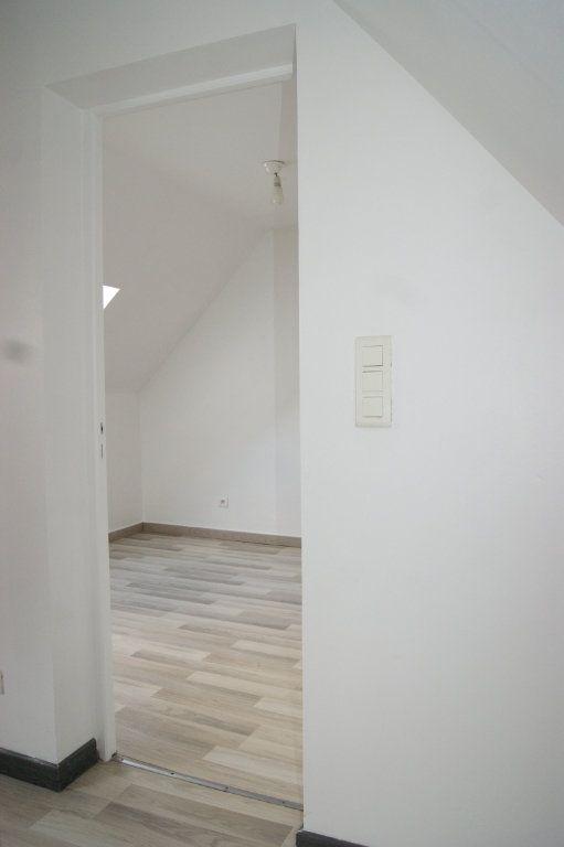 Appartement à louer 3 37.77m2 à Beauvais vignette-5