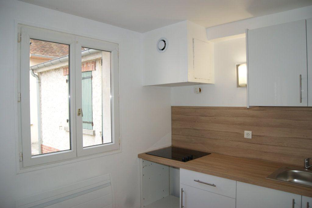 Appartement à louer 3 37.77m2 à Beauvais vignette-10
