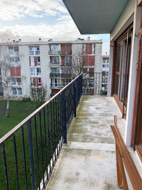 Appartement à vendre 4 78.26m2 à Beauvais vignette-2