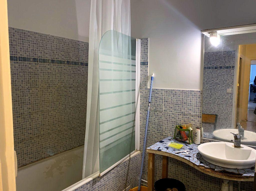Appartement à vendre 4 78.26m2 à Beauvais vignette-3