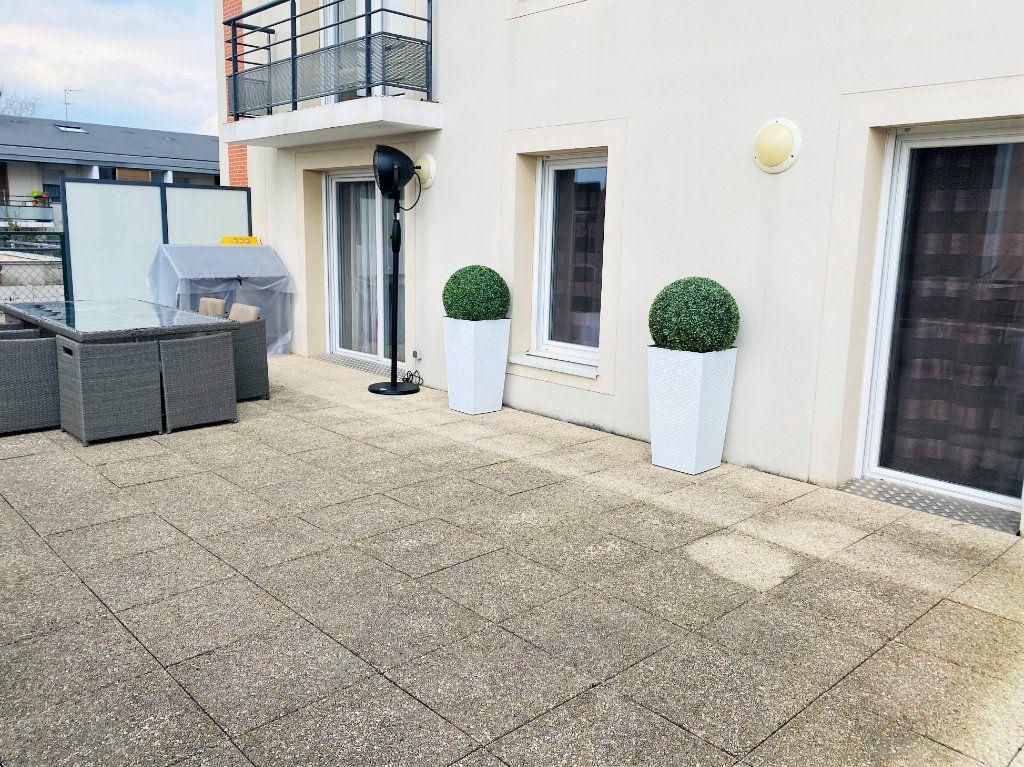 Appartement à vendre 3 56.6m2 à Beauvais vignette-1