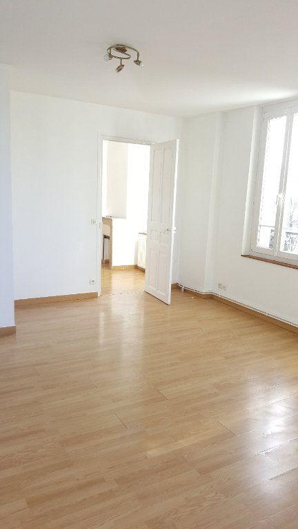 Appartement à louer 2 34.8m2 à Beauvais vignette-4