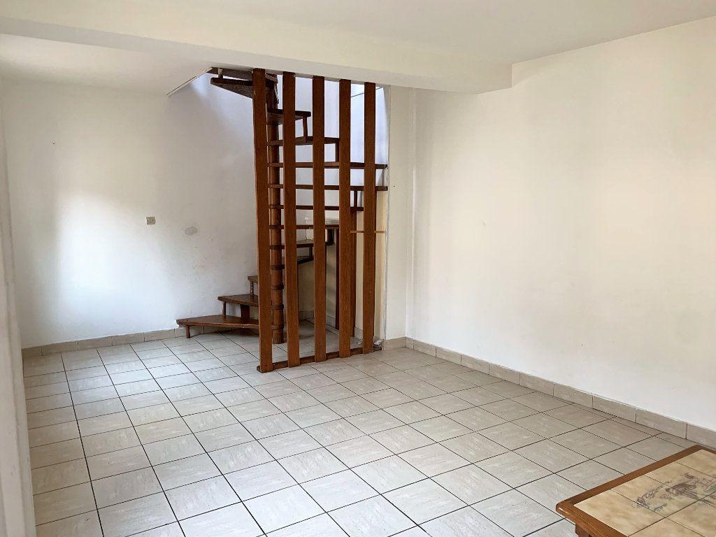 Appartement à vendre 2 43.07m2 à Beauvais vignette-1