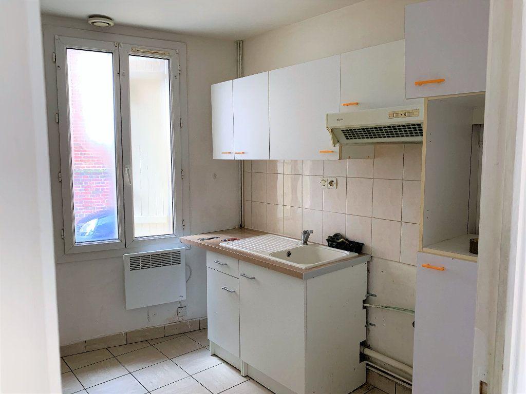 Appartement à vendre 2 43.07m2 à Beauvais vignette-2