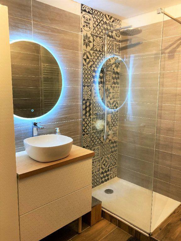 Appartement à vendre 4 109m2 à Beauvais vignette-6